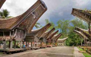 6 Unconventional Attractions in Tana Toraja Every Traveler Should Visit 01 - Finansialku (2)
