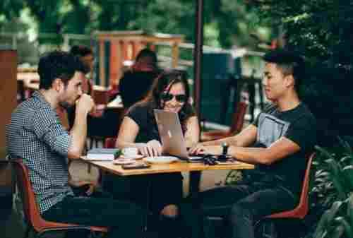 Anti Bangkrut! Ikuti Cara Untuk Mengatur Keuangan yang Hobi Nongkrong! 02 - Finansialku