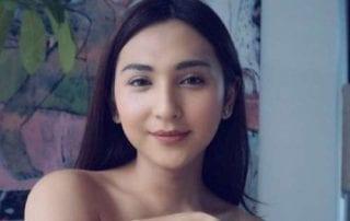 Kisah Karier Dena Rachman, Penyanyi Cilik Hingga Model Transgender 01 - Finansialku