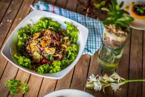Top 8 Activities You MUST Try In BALI Indonesia 05 Vegan Treat at Alchemy Café - Finansialku