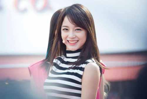 Cara Mengatasi dan Merawat Rambut Kering Ala Girlband Kpop! 02 - Finansialku