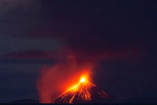 History of Mount Krakatau That Killed 36.000 People In 1883 02