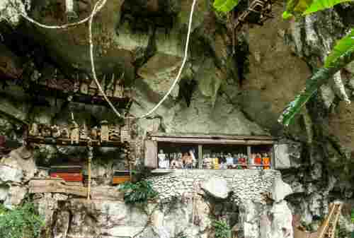 6 Unconventional Attractions in Tana Toraja Every Traveler Should Visit 02 - Finansialku
