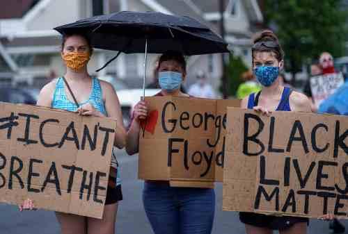 Warga AS Demo Menuntut Keadilan Kematian George Floyd 02