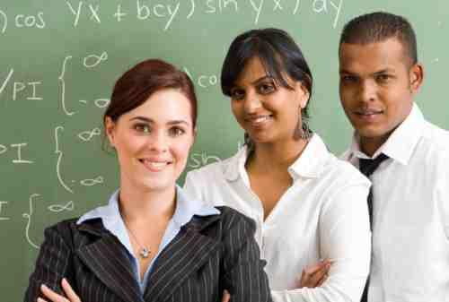 10 Kriteria Untuk Menjadi Guru Profesional, Sudah Punya 02 - Finansialku