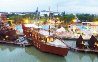 5+ Lokasi Destinasi Wisata Cirebon Seru yang Wajib Kamu Kunjungi 05 Ade Irma Suryani Waterland - Finansialku