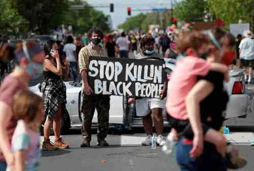 Warga AS Demo Menuntut Keadilan Kematian George Floyd 01