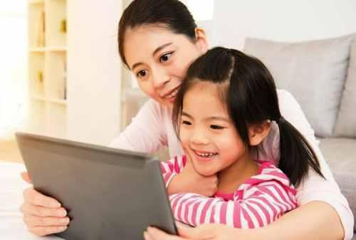 Parents, Yuk Ikuti Cara Melatih Anak Berpikir Kritis Berikut Ini! 01 - Finansialku