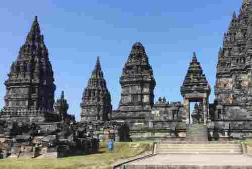 The Magical Legacy Of Gods At Prambanan Temple 06 - Finansialku