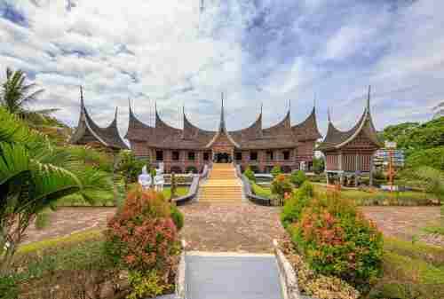 Traveler! Sudah Pernah Datang ke Tempat Wisata di Padang Belum 05 - Finansialku