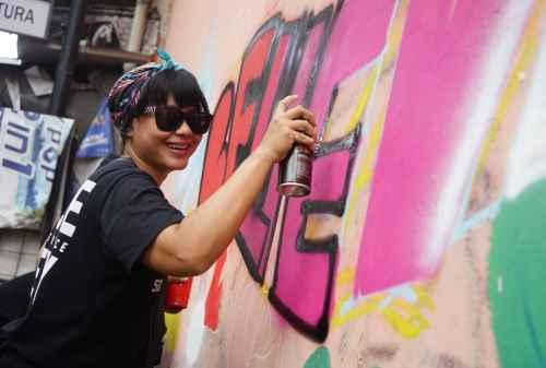 Founder & Money_ Irvine Jasta, Custom Painter dan Pickers Store 02