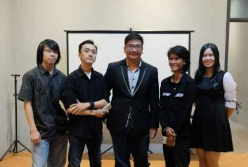 Founder & Money Lucky Putra Dharmawan, Dari Karyawan Kini Bisa Buat Studio Games 00 - Finansialku