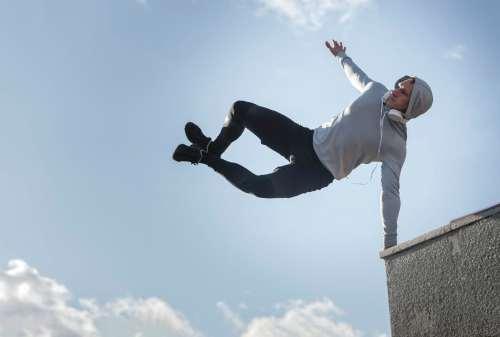 Hobi Olahraga Ekstrem Kamu Harus Punya Asuransi Ini Nih! 03 - Finansialku