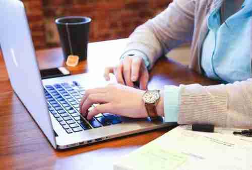 Contoh Surat Quotation dan Cara Membedakannya dengan Invoice 04 - Finansialku