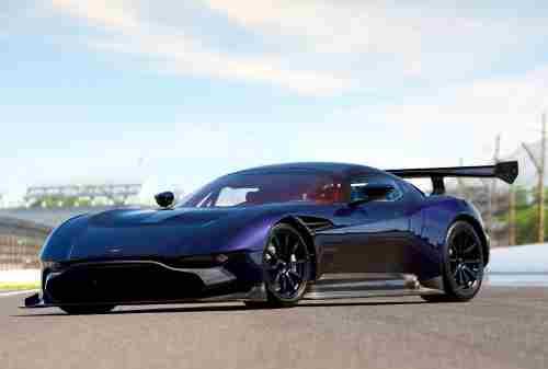 Mobil 9 Aston Martin Vulcan