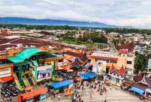 Bukittinggi, The Truly West Sumatera Tourism Pride 02 Pasar Atas dan Pasar Bawah - Finansialku