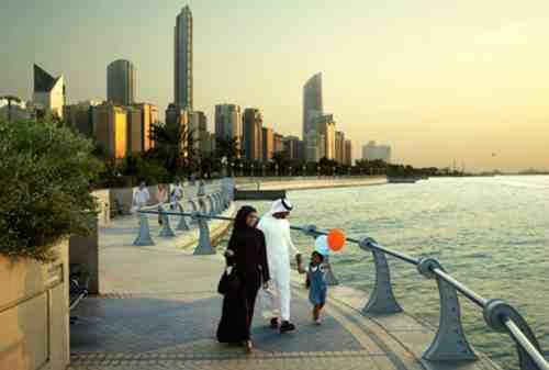Asuransi Traveling Syariah Cari Tahu Fungsi dan Manfaatnya Di Sini 02 - Finansialku