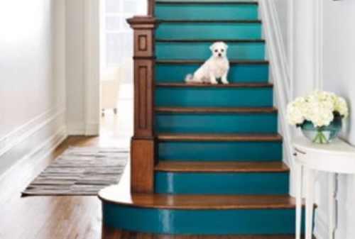 Sejumlah Ide Dekorasi Tangga yang Bikin Rumah Lebih Manis 05 - Finansialku