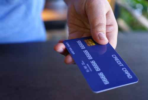 Butuh Kartu Kredit Baru Cek Dulu 10 Tanda-Tanda Berikut! 01 - Finansialku