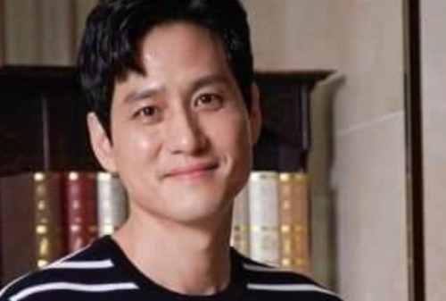 Hot Ajusshi Check! Kepoin Aktor Korea Paling Ganteng Berusia Mapan Ini Park Hae Joon o1 Finansialku
