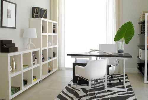 Biar Produktif, Tiru Deh Ide Desain Interior Kantor di Dalam Rumah Ini! 03 - Finansialku