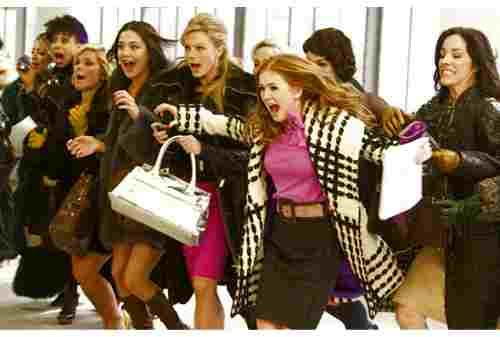 5+ Tips Mengatur Keuangan Untuk si Hobi Fashion, Tetap Sehat 02 - Finansialku