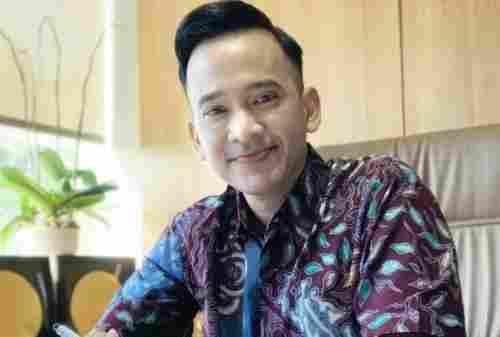 Kisah Sukses Ruben Onsu, Pemilik Bisnis Geprek Bensu 02 - Finansialku