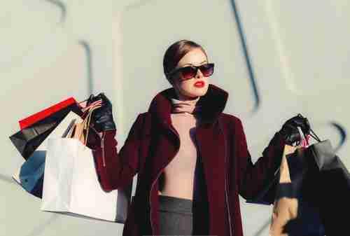 5+ Tips Mengatur Keuangan Untuk si Hobi Fashion, Tetap Sehat 01 - Finansialku