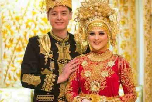 Dari Semua Pakaian, Ini Dia Pakaian Adat Paling Unik di Indonesia! 01 - Finansialku