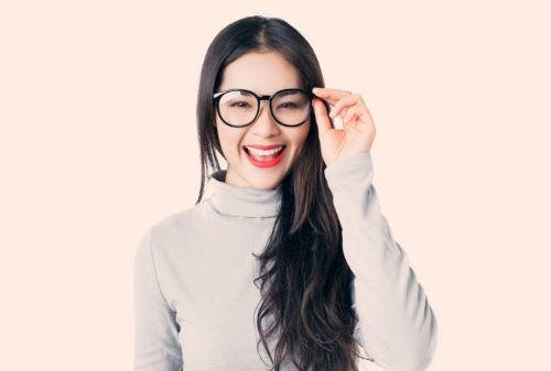 Cara Memilih Bingkai Kacamata yang Sesuai dengan Bentuk Wajah 04 - Finansialku
