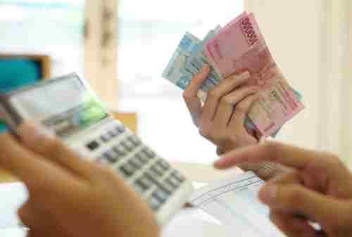 Memakai Jasa Financial Planner Vs Atur Uang Sendiri 02 - Finansialku
