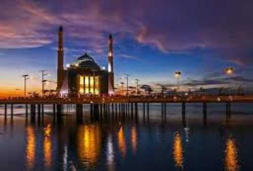 Makassar, A Great City Port in Eastern Indonesia to Spend Your Long Vacation 02 - Finansialku