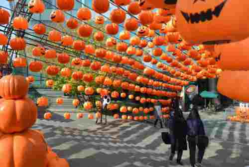 Tradisi Unik Halloween 4