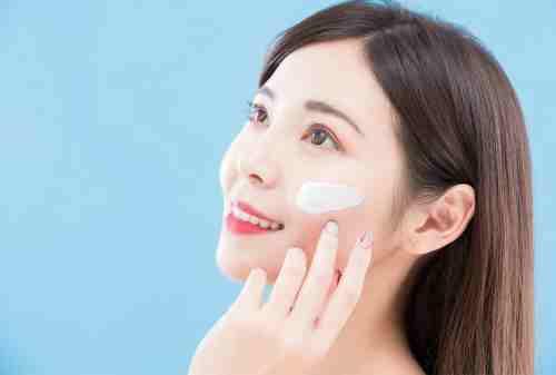 Sederet Rekomendasi Skincare Untuk Kulit Kombinasi (Terpercaya) 07 - Finansialku