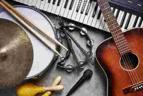 Tips Mengatur Keuangan Buat Kamu yang Hobi Main Musik 01 - Finansialku