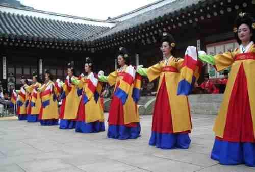 Lulusan Sastra Korea Ini Peluang Kerja Buat Kamu! 03 - Finansialku