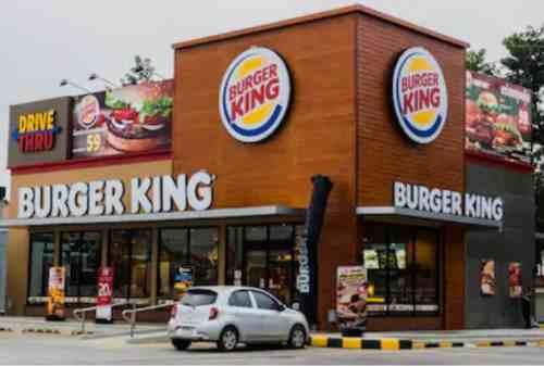 Viral! Burger King Minta Pelanggannya Beli Makanan Pesaingnya! 01
