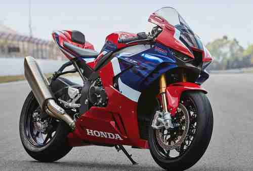 Lebih Mahal Dari Fortuner, Cek Daftar Harga Honda CBR1000RR SP! 01 - Finansialku