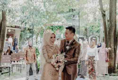 Asal Muasal Tradisi Lempar Bunga dalam Acara Pernikahan 01