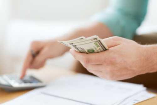 3+ Tips Mengelola Keuangan Mahasiswa Kedokteran, Meski Belum Punya Gaji Sendiri! 02 - Finansialku
