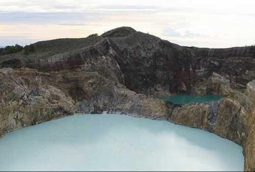 8 Thrilling Activities to Do in Three Color Lakes, Kelimutu 08 - Finansialku