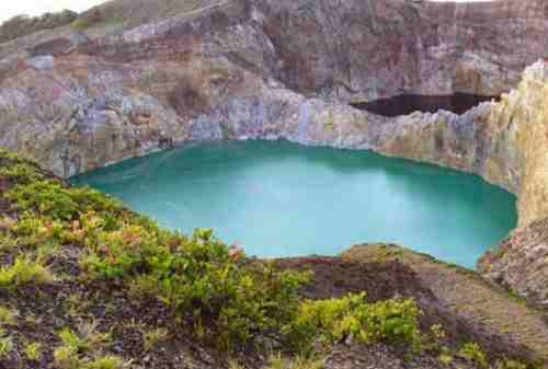 8 Thrilling Activities to Do in Three Color Lakes, Kelimutu 02 - Finansialku