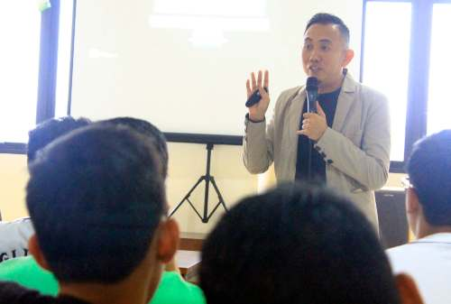 Founder & Money CEO Tram Digital Solution, Erwin Panigoro 04 - Finansialku