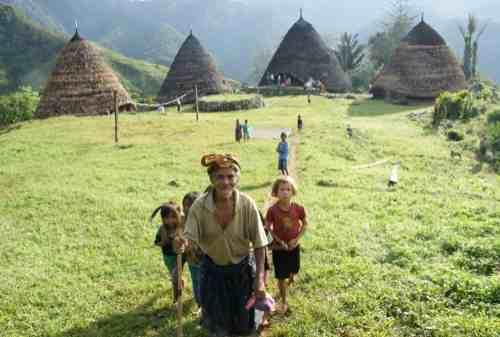 5 Thrilling Things To Do In Wae Rebo Village 01 - Finansialku