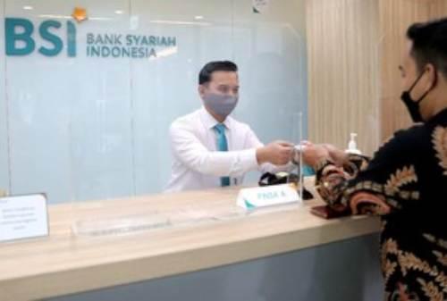 Diresmikan Jokowi, Bank Syariah Indonesia Mulai Beroperasi 02