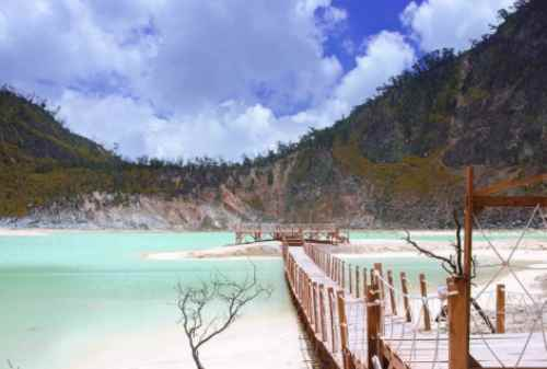 3 New Gems You Must Visit In 2021 To Enjoy Kawah Putih Differently 03 Finansialku
