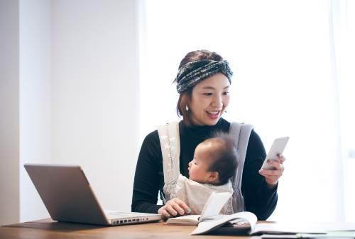 Moms, Jangan Gegabah! Ketahui Investasi Saham Sebelum Melangkah 01 - Finansialku
