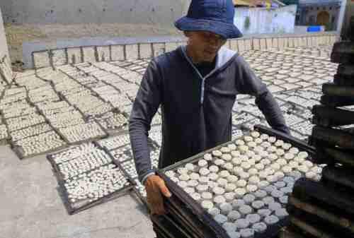 Jokowi Izinkan Perusahaan Besar Masuk ke Bisnis Kerupuk dan Rempeyek - 02 - Finansialku