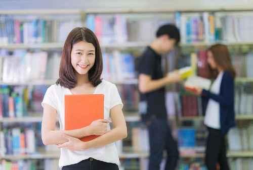 Pentingnya Investasi dalam Mengelola Keuangan Mahasiswa Ekonomi 01 - Finansialku