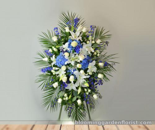 Ocean Blue Floral Spray – S5